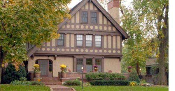 Tudor style windows architectural style victorian for Queen anne windows