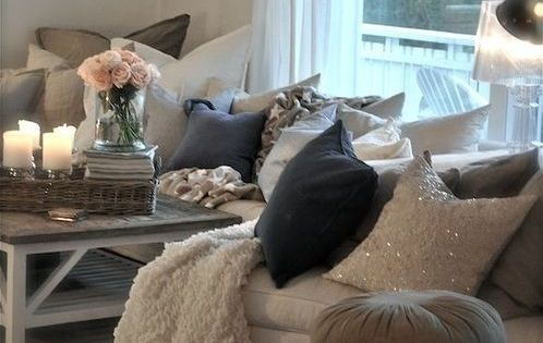 This coffee table with this same decor on it......Living Room Decorating Ideas
