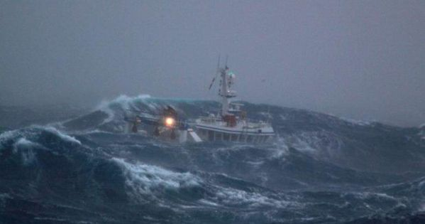 Fishing Boat In Stormy Seas Heavy Weather Pinterest