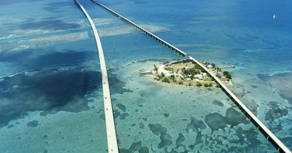 The road to my favorite place on Earth. Seven Mile Bridge, Florida