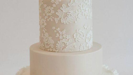 Lace Wedding Cake Images