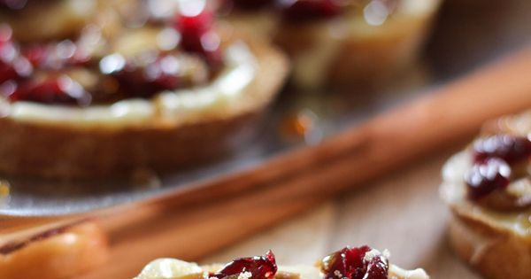 Cranberry Pecan Brie Crostinis with a Maple Sugar Glaze on chef-in-training.com ...these
