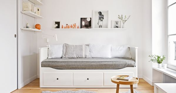 charmant studio bett kinderzimmer kinderzimmer und villa kunterbunt. Black Bedroom Furniture Sets. Home Design Ideas