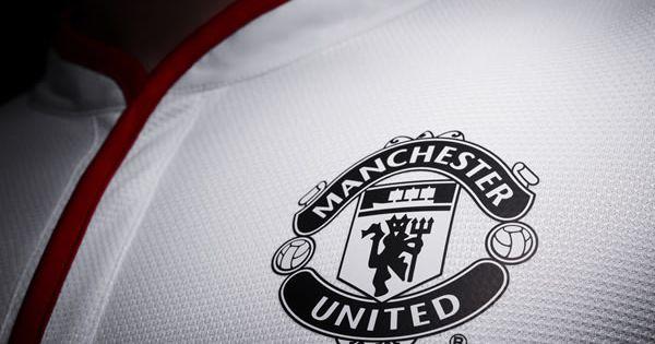 Manchester United 12 13 Nike Away Football Shirt Manchester United Wallpaper Manchester United Football Manchester United Logo