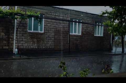 Rainy Day For Sleeping Heavy Rainstorm Sounds Relaxing Rain And Thunder Youtube Rain And Thunder Rainy Day Thunder