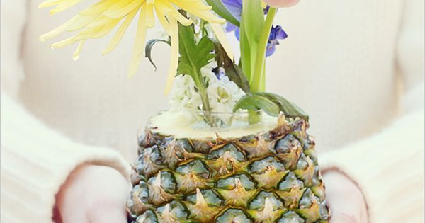 Diy Do It Yourself Fruit And Flowers Centerpiece Fruit