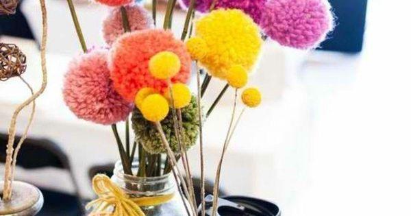 comment faire un pompon guide et applications exceptionnelles bouquets de fleurs comment. Black Bedroom Furniture Sets. Home Design Ideas