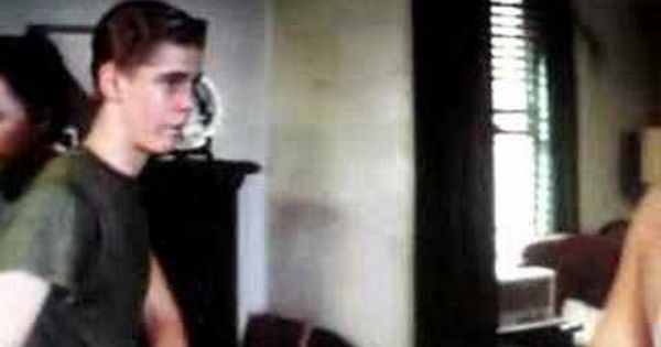 The Outsiders Shower Scene With Sodapop - YouTube | Sodapop Curtis ...