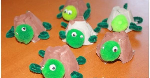 Egg Carton Turtle Craft - An adorable craft for kids made from