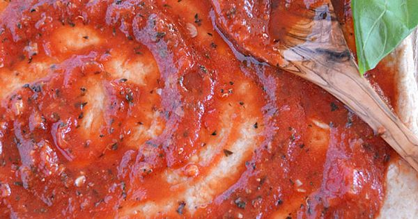 Simple Tomato Sauce - Condiments,Sauces,Dressings, Food, Recipes - FoodOMG.Com