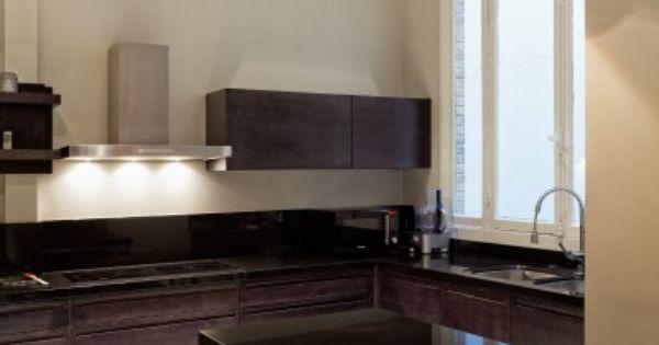 Plan de travail en granit noir du zimbabwe et fa ades en for Kitchen cabinets zimbabwe