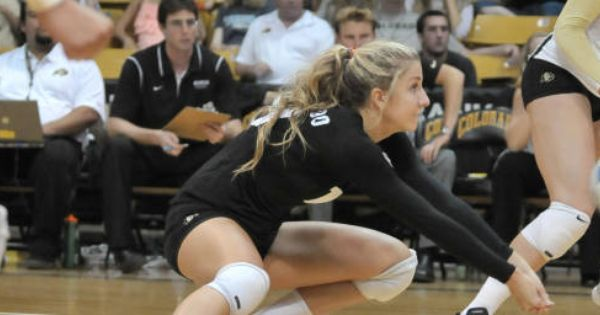 Spikers Head East To Candlewood Suites Invite Volleyball Team College Fun University Of Colorado