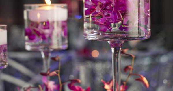 hochzeitsdeko lila blumen tischdeko tischdekoration hochzeit lila wei juli 2016 pinterest. Black Bedroom Furniture Sets. Home Design Ideas