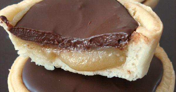 Donna Hay's Millionaire Shortbread Tart