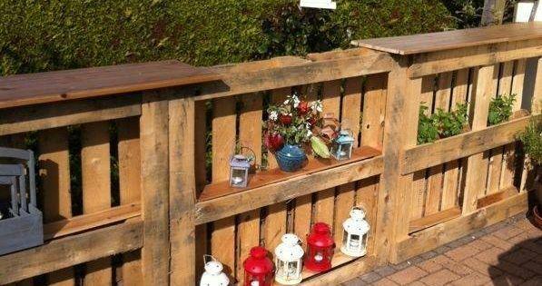 Reuse old pallets as outdoor book shelves | Flea Market ...