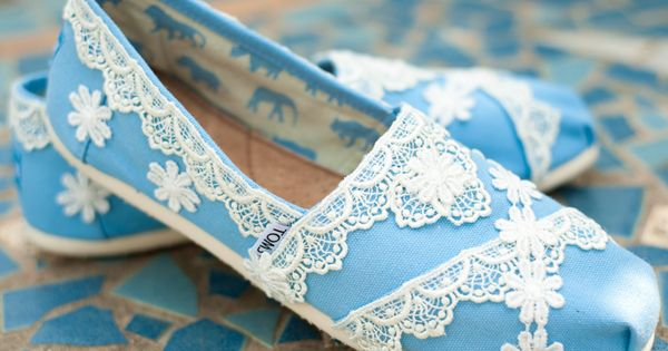 Lace TOMS - diy idea Wedding Shoes?
