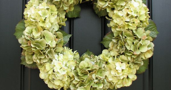 Wreaths - Hydrangea Wreaths. been looking for a spring wreath to make!