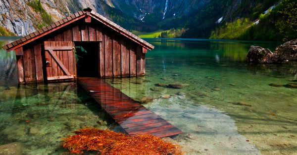 vacation travel photos - Boat House, Obersee, Germany