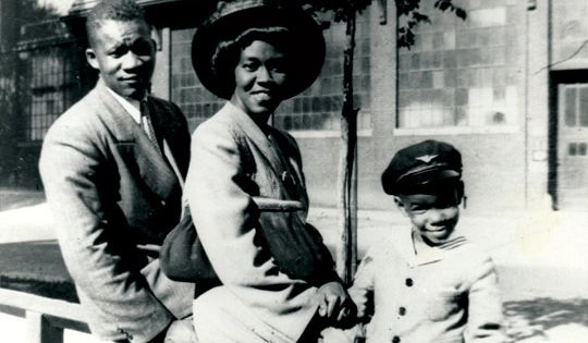 gwendolyn brooks and family  milwaukee  1945