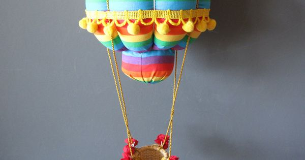 Hot air balloons decorations for baby room hanging hot for Balloon decoration book