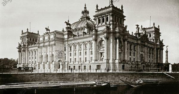Berlin Reichstagsgebaude 1884 94 Erbaut Von Paul Wallot Sud Und Ostseite Gegen Die Spree Foto Um 1900 Lucien Historische Fotos Reichstagsgebaude Berlin