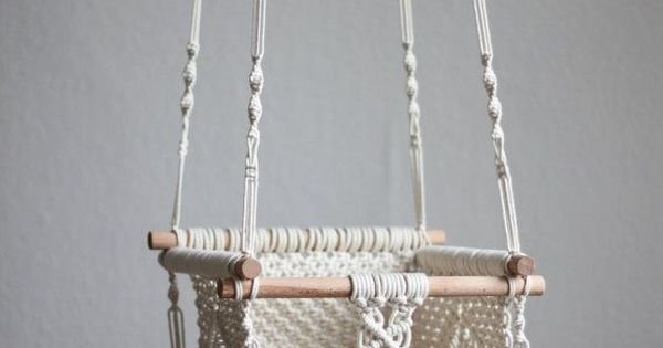 Macrame swing gift guide for new baby pinterest for Diy macrame baby swing