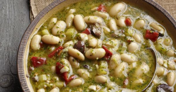 What's cooking good looking? White Bean Soup