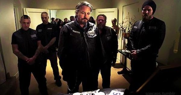 Pin By Michelle Betham On Tv Favorites Johnny Lewis Don T Fear The Reaper Tommy Flanagan