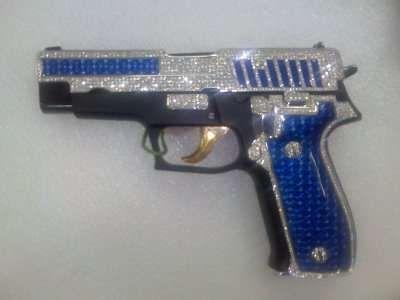 Gaudy Guns | Guns, Weapons and Bling