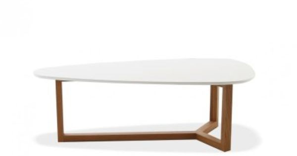 Esprit scandinave la table basse natura est dot e d 39 une for Table esprit scandinave