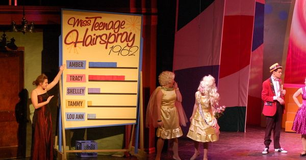 Jennifer Hudson and Harvey Fierstein to Star in NBC's 'Hairspray Live'