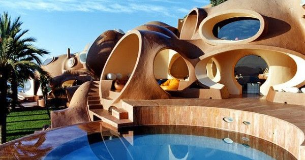 Bubble House - Located just 10 kilometers outside of Cannes, France is