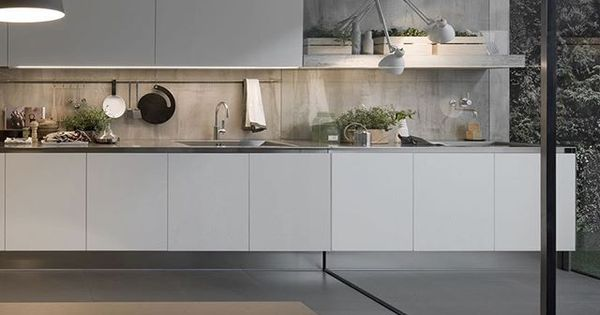 Italian brand arclinea are global leaders in the design for Italian kitchen brands