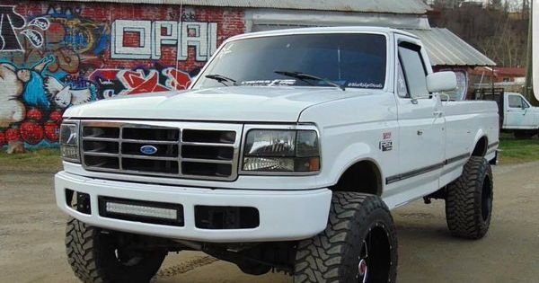Totally Gonna Build A Twin Of This One Day Jacked Up Trucks
