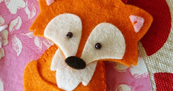 Eline Pellinkhof | Such a cute felt fox! elinepellinkhof.b...