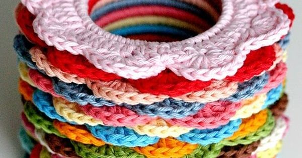 Crochet Hair Rubber : Use hair rubber bands to make these hair scrunchies. Beauty ...