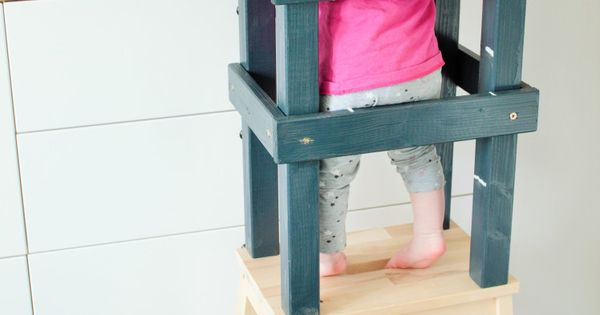 diy diy hochstuhl lernturm f r kleinkinder lernturm. Black Bedroom Furniture Sets. Home Design Ideas