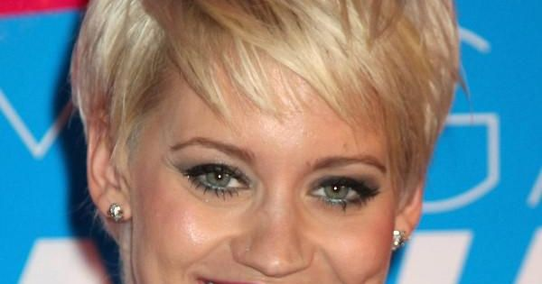 Low Maintenance Short Hairstyles For Round Faces