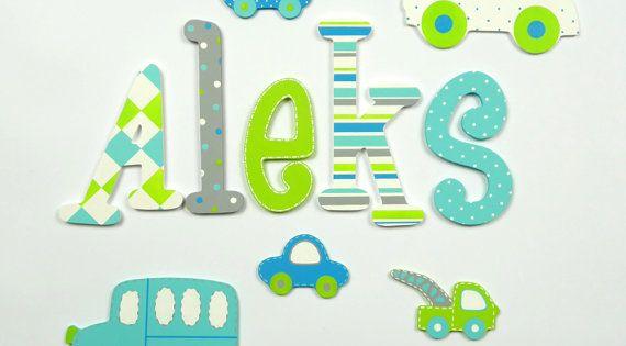 Pintadas con letras de madera colorido nombre de los - Letras bebe decoracion ...