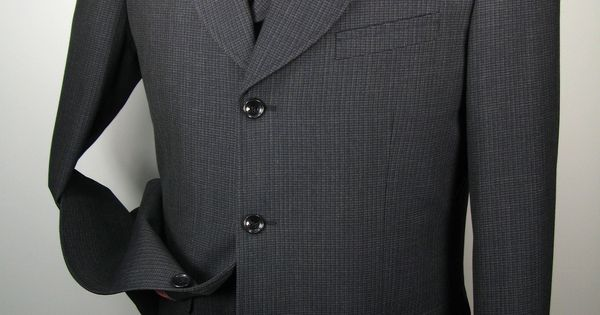 This Solo 360 Mens 3 Piece Suit Comes In Fashion Length