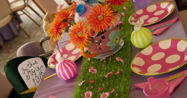 Alice in Wonderland party OR fake grass for a cute Easter table
