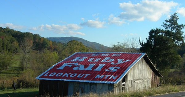 Ruby Falls Barn By Jimmywayne Via Flickr Barns Rock