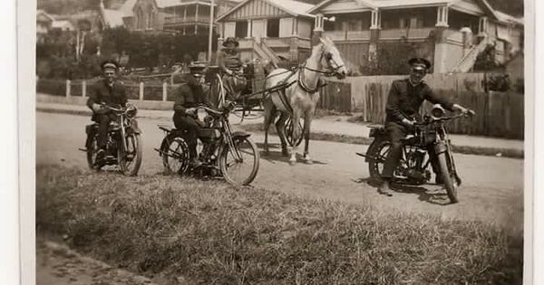 I Grabbed This Awesome Photo From The Salvation Army Motorcycle Ministry Page On Facebook It Says It Is From Army Motorcycle Salvation Army Vintage Motorcycle