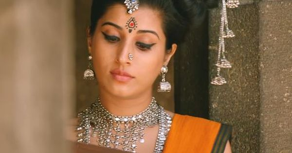 Veeram Malayalam Movie Actress Divina Thakur Images Pics Hd