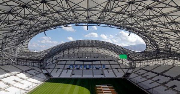 Stade v lodrome marseille estadios de futbol for Porte 7 stade velodrome