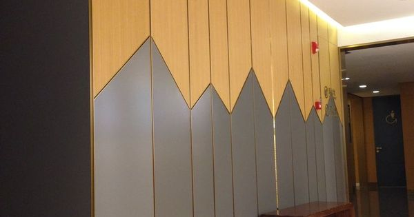 736 981 wardrobe for Bedroom wardrobe shutter designs