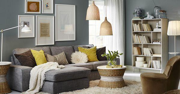 Sal n con un sof gris de dos plazas con chaise longue - Bandeja redonda ikea ...