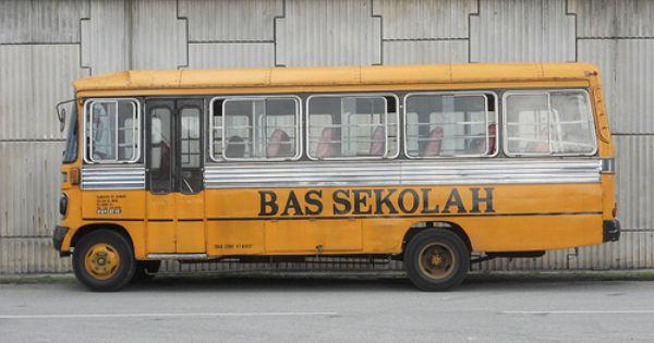 School Bus Http Www Kualalumpur Mega Com School Bus School Bus Driver School Bus Malaysia Travel