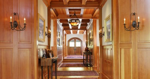 Woodland point entry corridor traditional hall chalet pinterest chalet - Idee decoratie interieur corridor ...