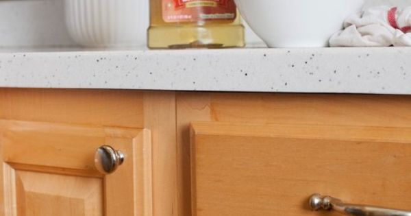how to clean wood kitchen cabinets and the best cleaner